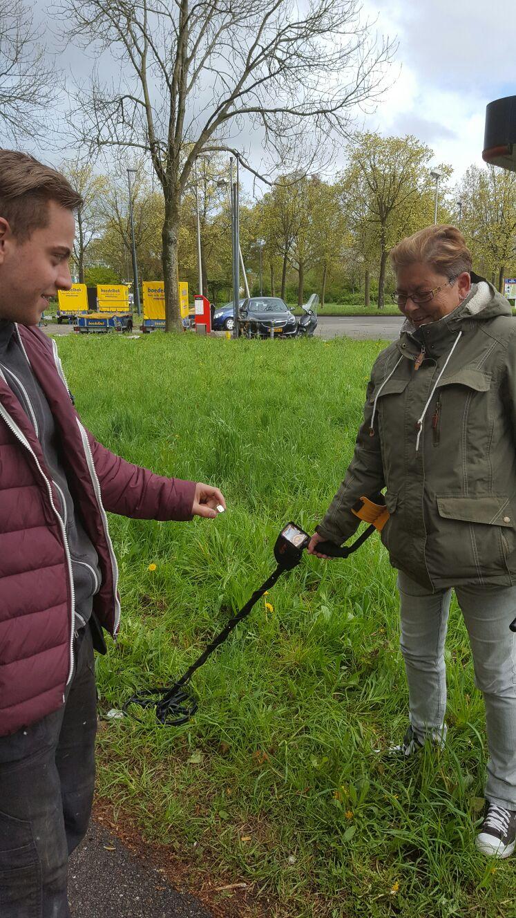 """Zilveren Zegelring Terug Bij Eigenaar """"Haarlem"""""""