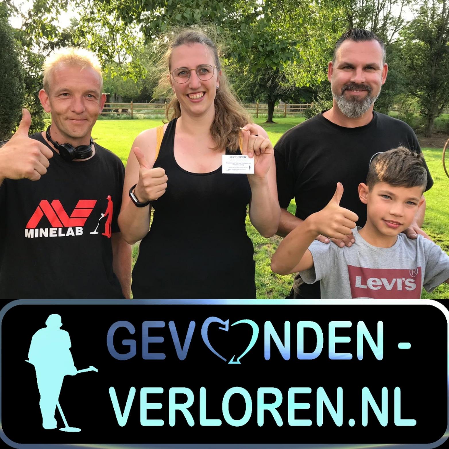 Ring Terug Gevonden In Belgische Tuin.