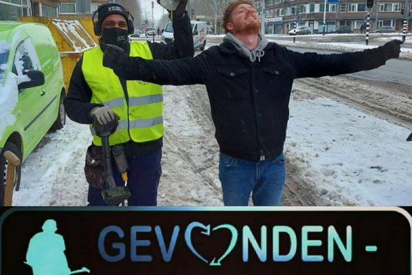 Ketting teruggevonden in de sneeuw